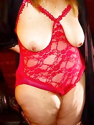 Sexy matures, curvy, and BBWs , and grannies in lingerie 6