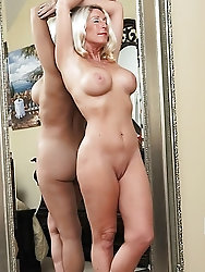 Filthy mature whore in sex gallery