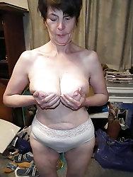 Older strumpets want to tease the male